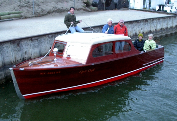 1940 Chris Craft 22' Utility Sedan owned by Dick and Linda Riekse and Jim ...